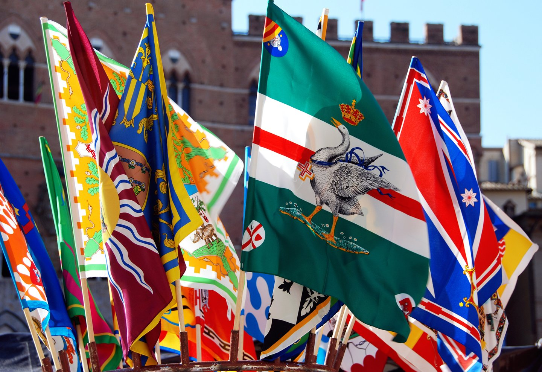 Read more about the article Le 17 contrade di Siena: storia e curiosità